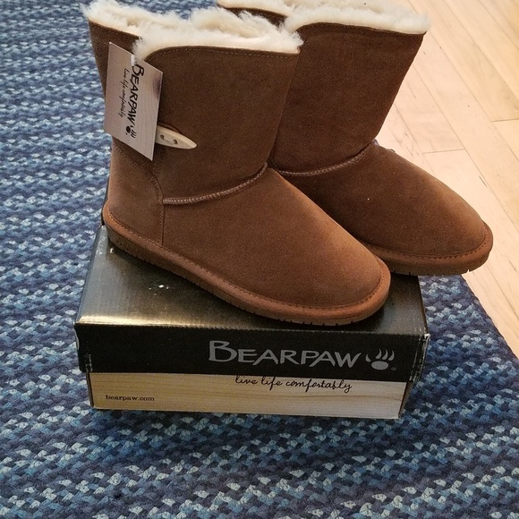 BearPaw Other - Bearpaw shearling boots